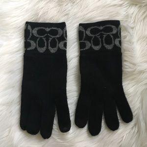 NWOT Coach gloves